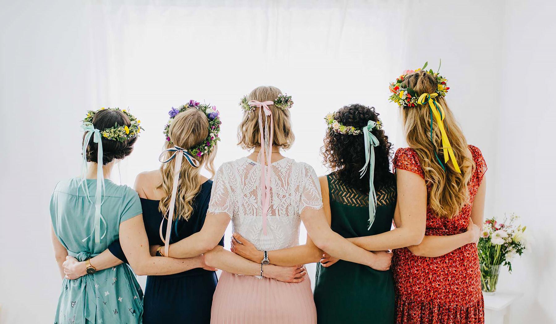 Blumenkranz binden mit deinen Mädels